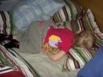 Tilde sover i mammas och pappas säng